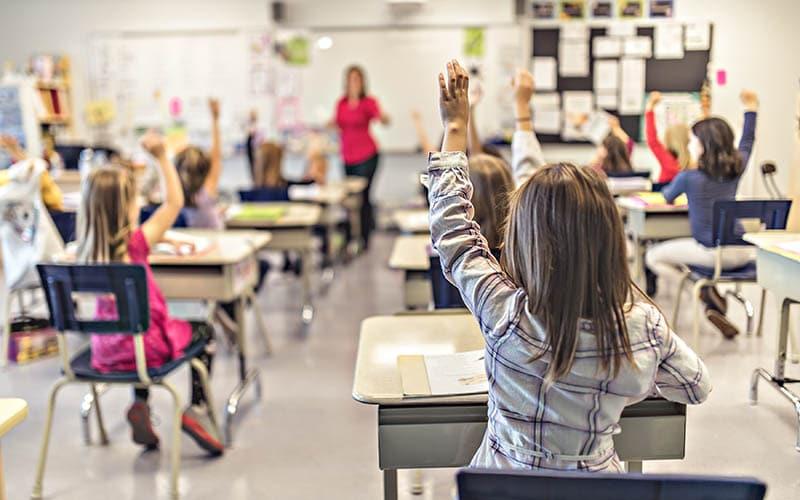 Escuelas de Guilford se suman a pedido de $200 mil millones para la educación