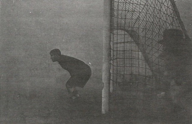 What we can learn from the goalie who faced the fog alone