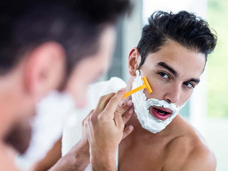 5 Errores que cometen los hombres al afeitarse