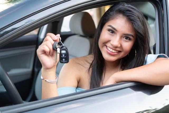 Licencias de conducir: no exigirán pruebas prácticas de manejo a adolescentes