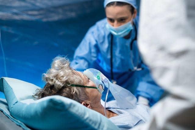 Más de 1,000 personas hospitalizadas en Carolina del Norte debido al COVID-19