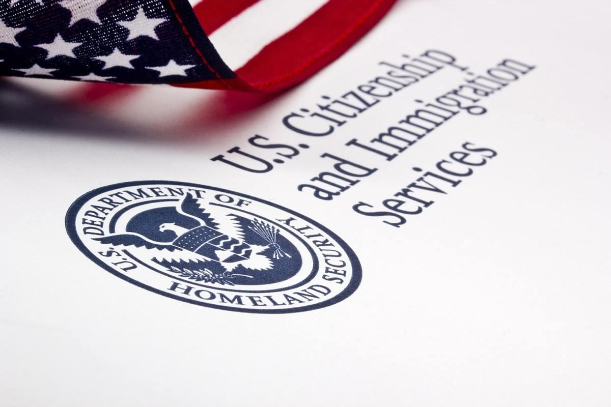 Solicitudes de DACA, ciudadanía, visa y asilo entrarán en crisis si USCIS no recibe fondos