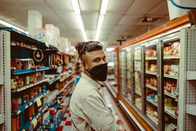 Tiendas exigen uso de máscaras a sus clientes en Carolina del Norte