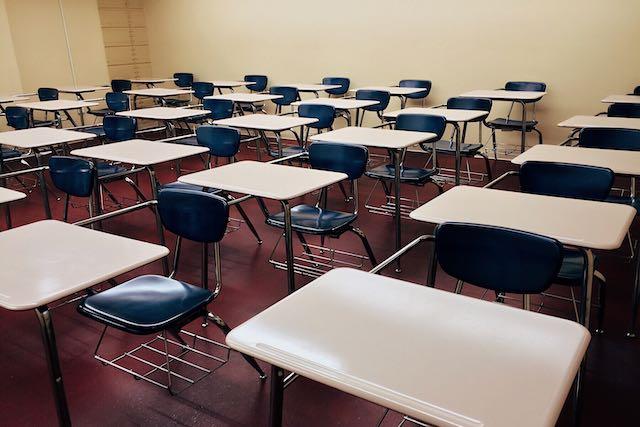 CMS para decidir si las escuelas abriran este año escolar