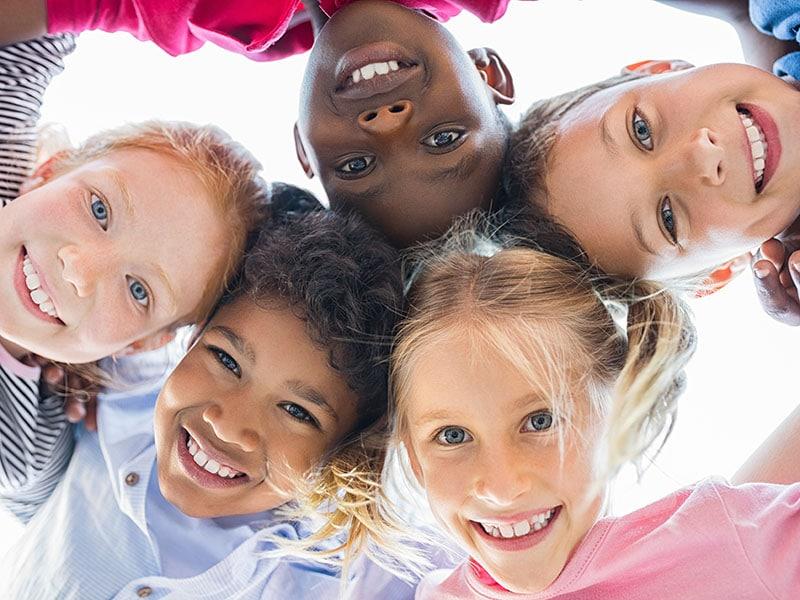 como-lograr-que-sus-hijos-se-conviertan-en-buenos-amigos