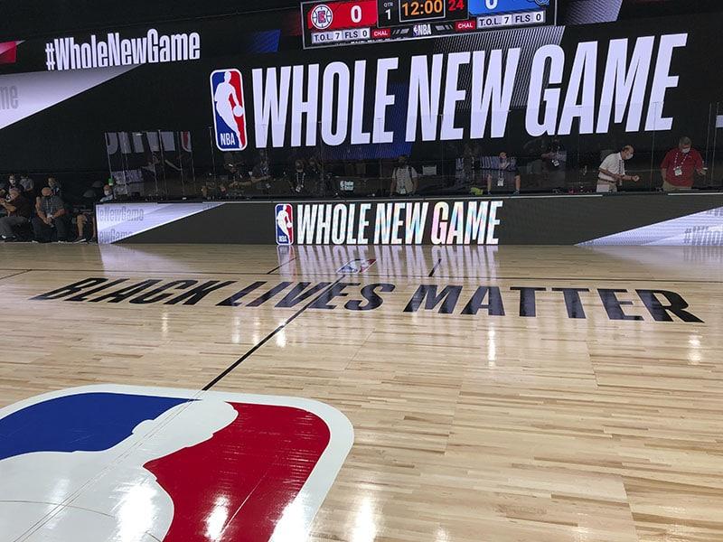 """NBA se reanudará con nueva imagen y apoyo a """"Black Lives Matter"""""""