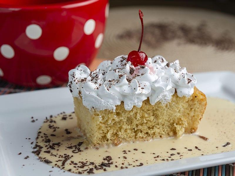 torta-tres-leches-con-merengue-italiano
