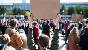 7 arrestados y 2 heridos durante protestas en el Charlotte RNC