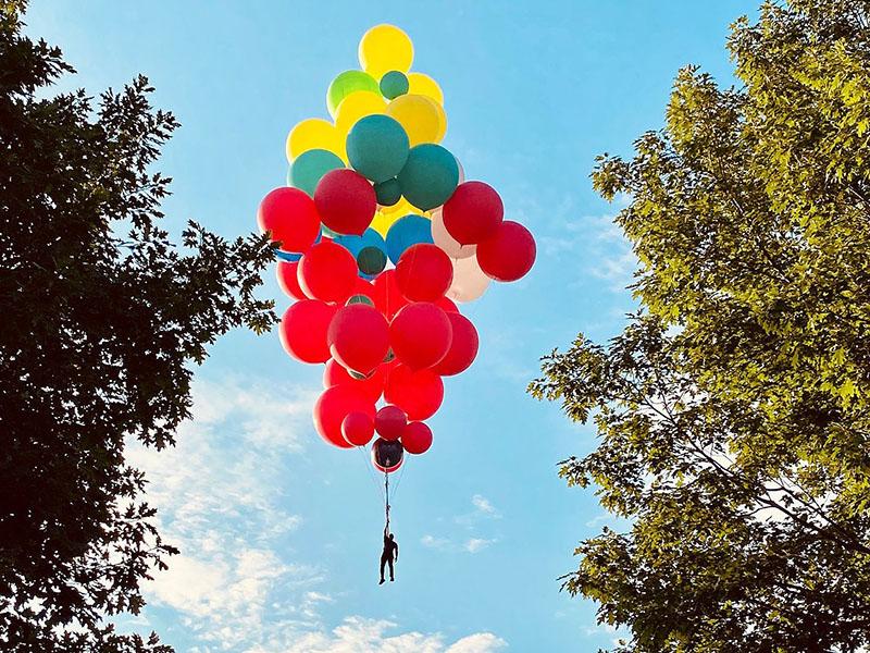 ascension-david-blaine-acto-en-vivo-donde-mago-flotara-con-globos
