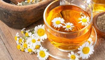 trucos-para-usar-la-manzanilla-en-tratamientos-de-la-piel