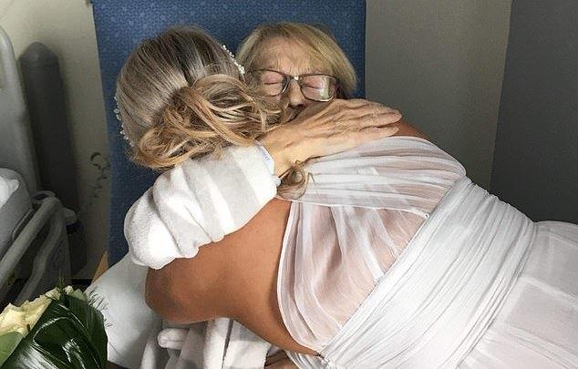 novia mama cancer hospital deseo