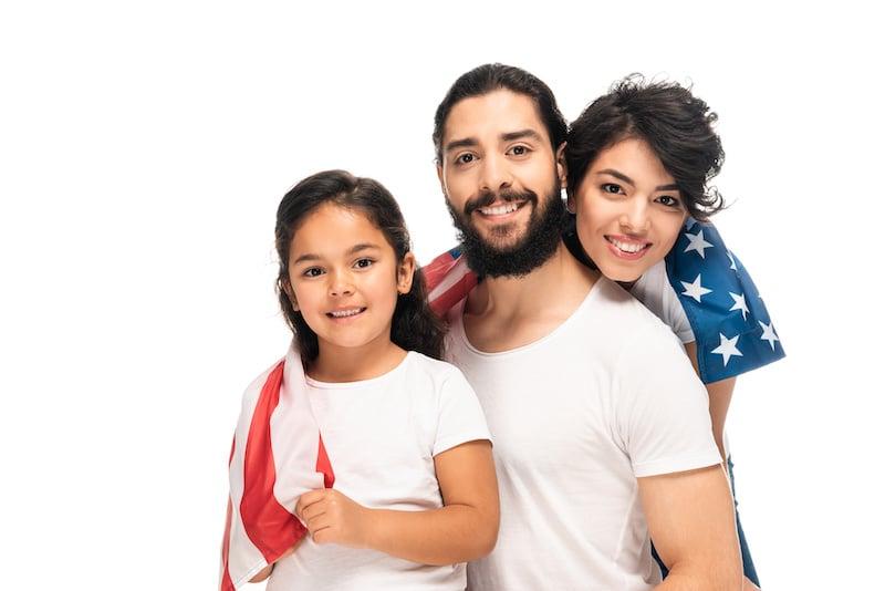 AT&T celebra el Mes de la Herencia Hispana con un compromiso de servicio