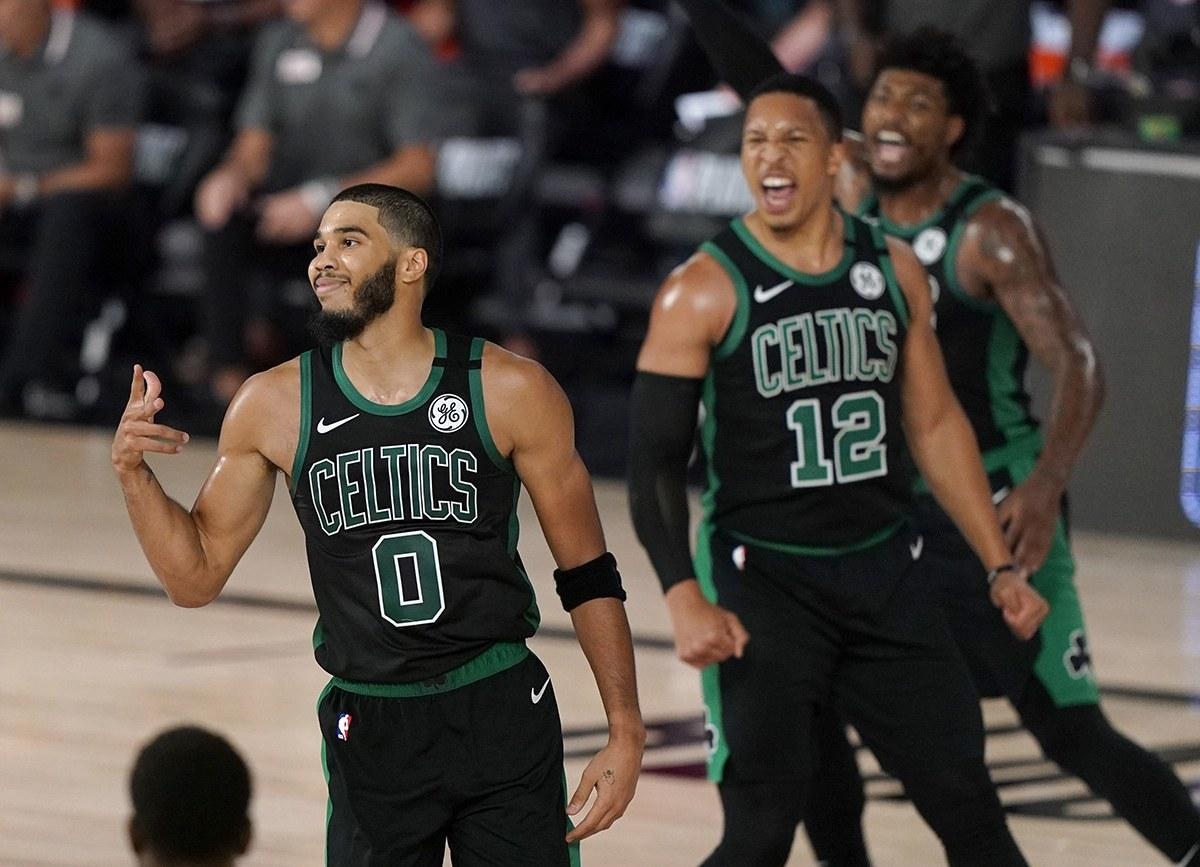 Celtics eliminan a Raptors