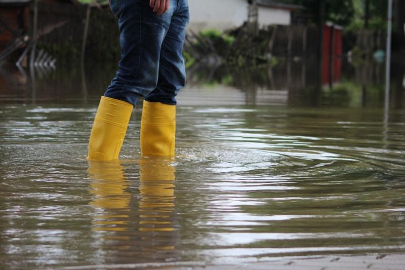 Charleston demanda a gigantes petroleros y los culpa de inundaciones