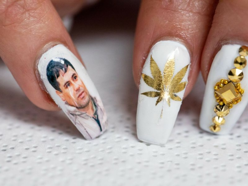 Chapo nails uñas belleza