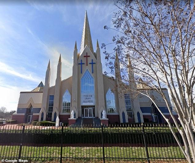 brote-en-una-iglesia-de-charlotte-se-confirman-100-casos-de-covid-19-y-3-muertes