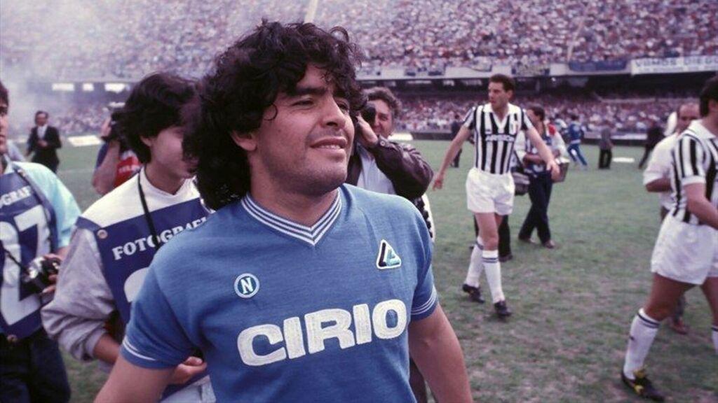¿Quién es Diego Armando Maradona?