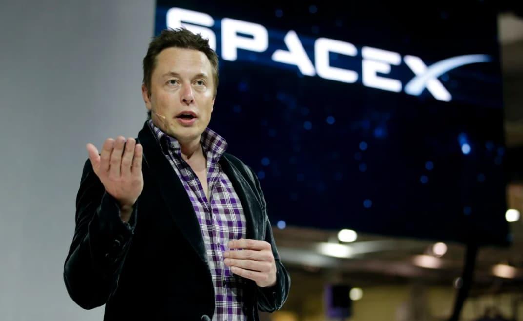 Space X Elon Musk serie