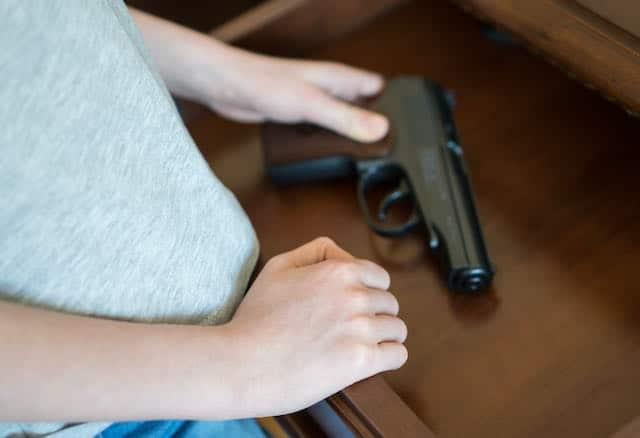 Adolescente acusada de asesinato de un niño de 16 años en Charlotte