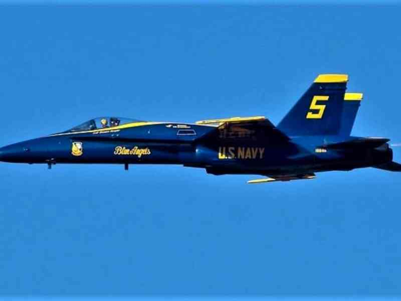 Blue Angel avión en Hickory
