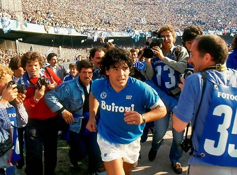 Canciones dedicadas a Maradona