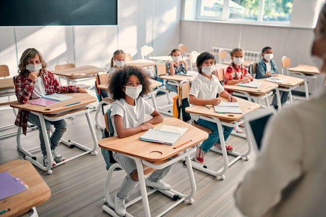 Durham planea regresar estudiantes a la escuela en persona
