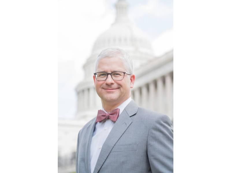 Republicano Patrick McHenry gana la reelección a la Cámara de Representantes de Estados Unidos en el décimo distrito del Congreso de NC