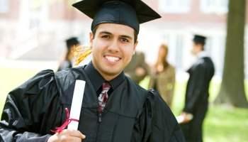 Beca disponible para estudiantes latinos de cualquier estatus legal