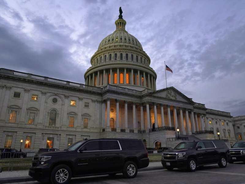 Congreso aprueba paquete de ayuda de 900 mil millones por COVID-19