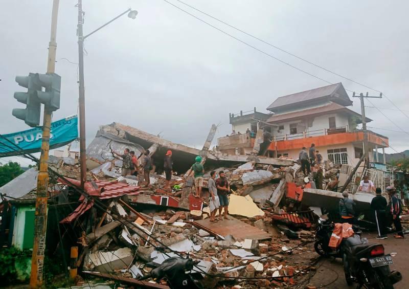 potente-terremoto-en-indonesia