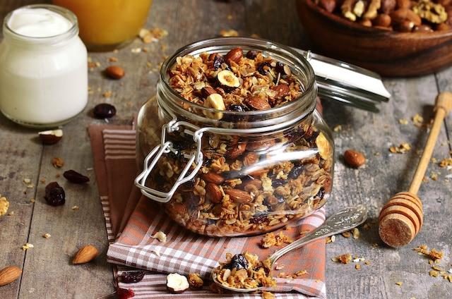 Prepara una granola casera: es deliciosa y nutritiva