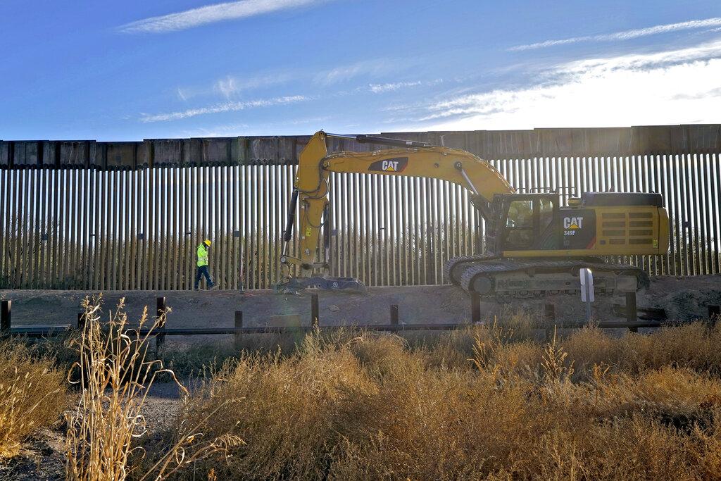 Trump visitará frontera para alabar muro fronterizo