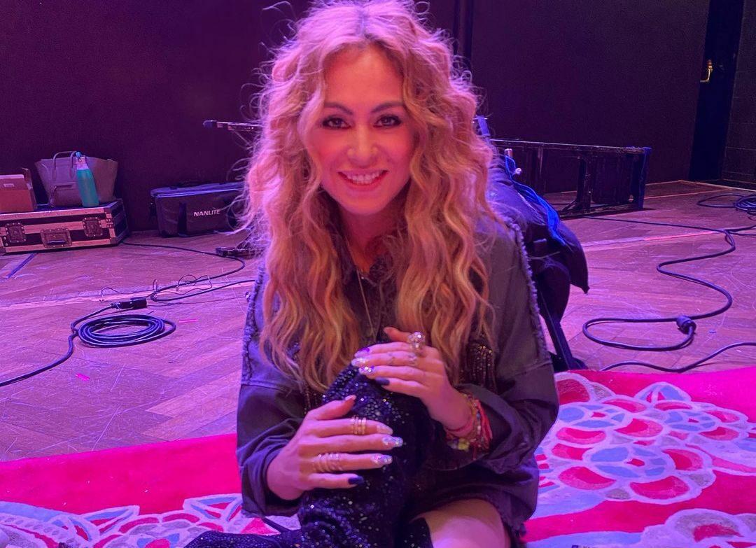Paulina Rubio bancarrota saludos