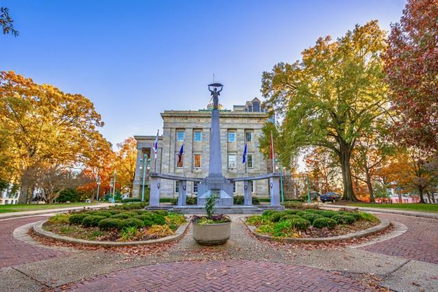 Instituto de Raleigh ofrece clases gratuitas sobre servicios del gobierno