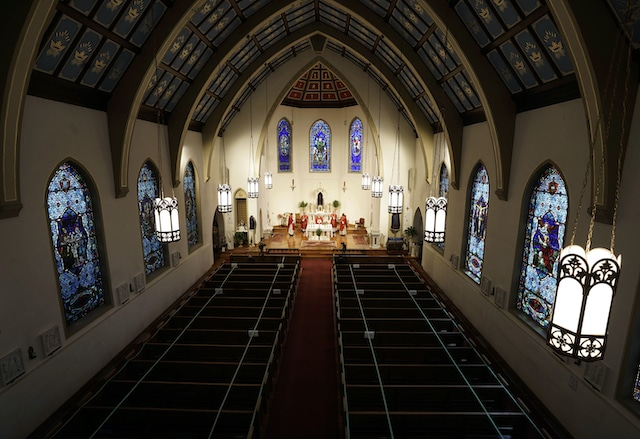 Iglesia Católica es quizás la más beneficiada por el programa de ayuda en EU
