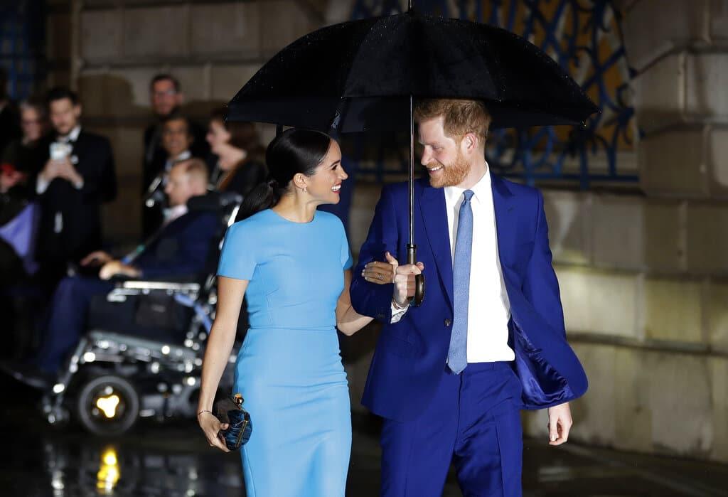 Príncipe Harry y Meghan Markle esperan su segundo hijo