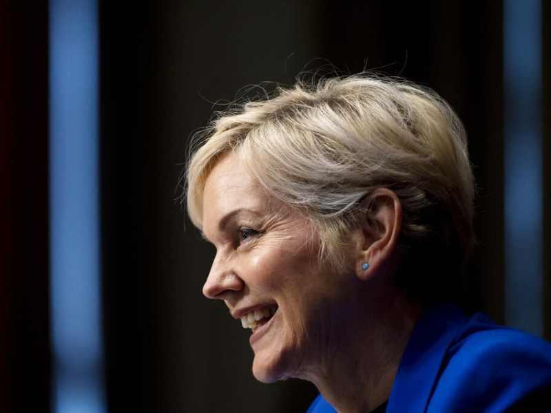 Senado confirma a Jennifer Granholm como secretaria de Energía