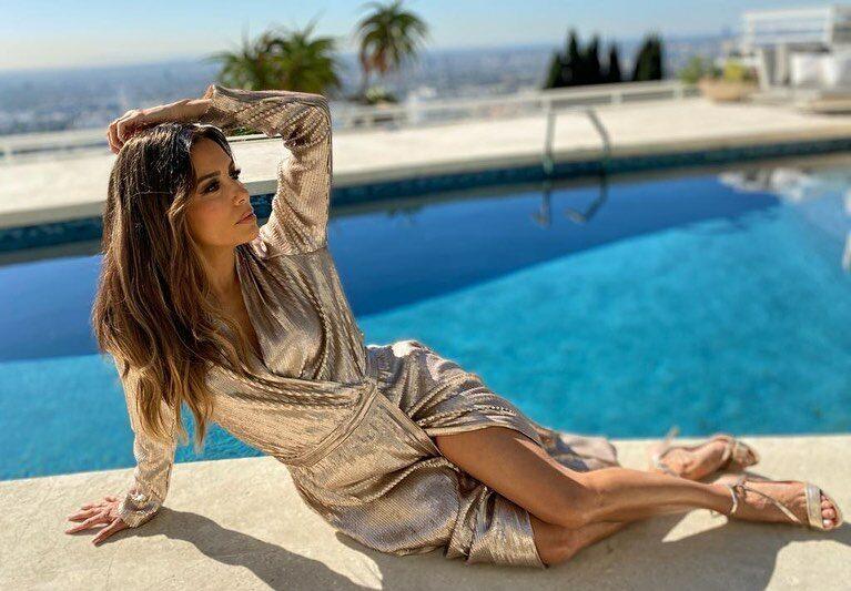 Eva Longoria abdomen bikini