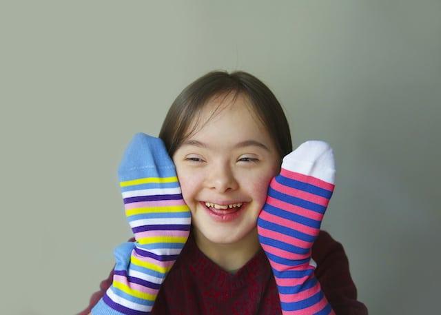 Día del Síndrome de Down: ¿Por qué se usan calcetines dispares?