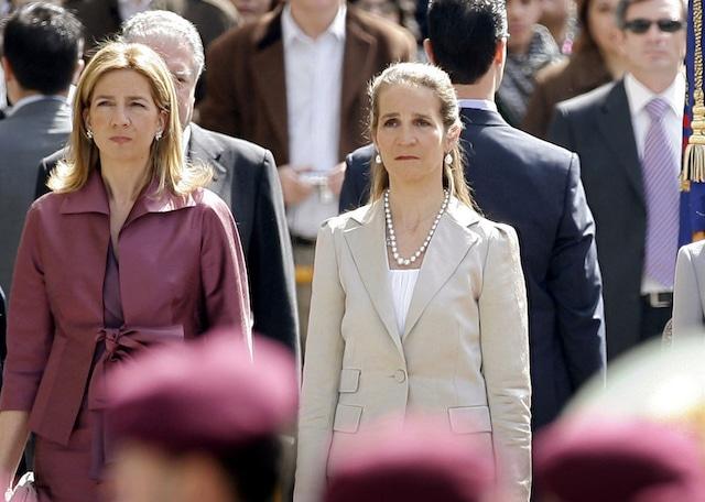Hermanas del rey de España criticadas por vacunarse COVID-19 en Abu Dabi