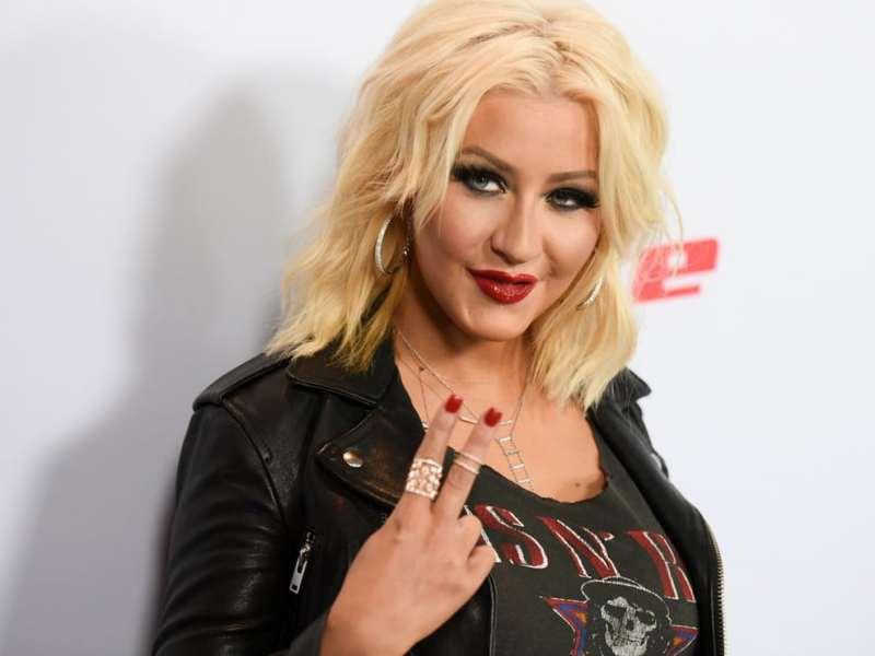 Outfit-Christina-Aguilera