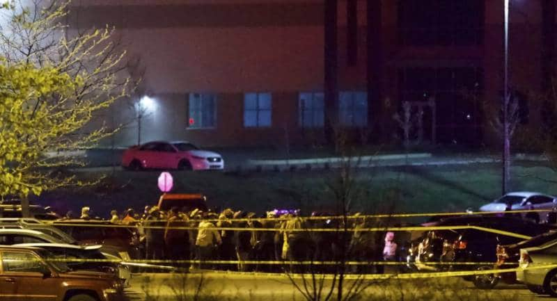 8-muertos-en-tiroteo-en-fedex-indianapolis