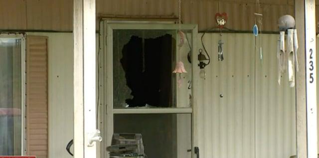 Hombre dispara a su nieto que entró en su casa y le exigió dinero