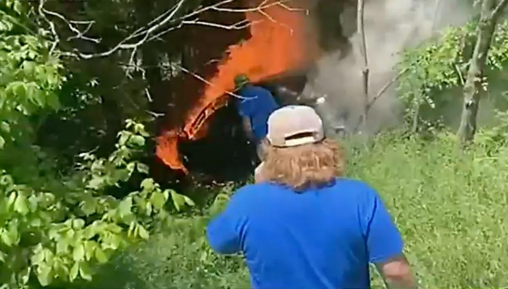 Auto incendio York