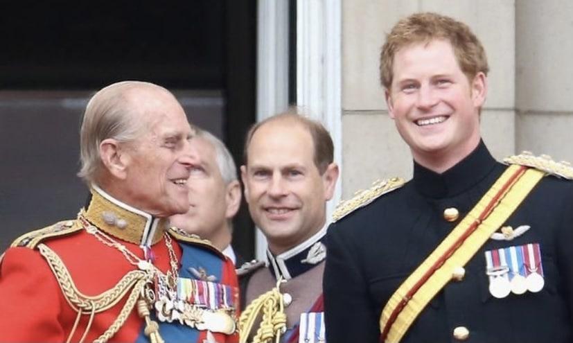 La foto en la que el príncipe Harry muestra un gran parecido al príncipe Felipe