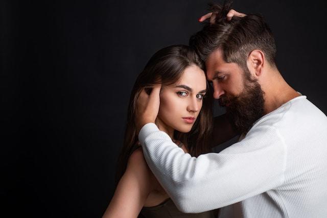 Lovebombing: 5 señales de que estás en una relación tóxica