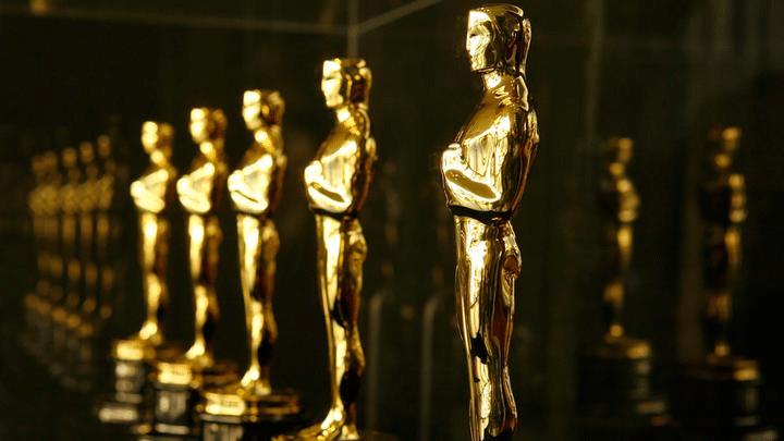 Premios-Oscar-cuesta-estatuilla
