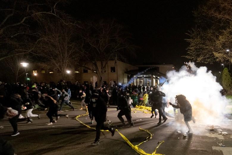 protestas-en-minneapolis-abuso-policial-deja-otra-muerte-racial