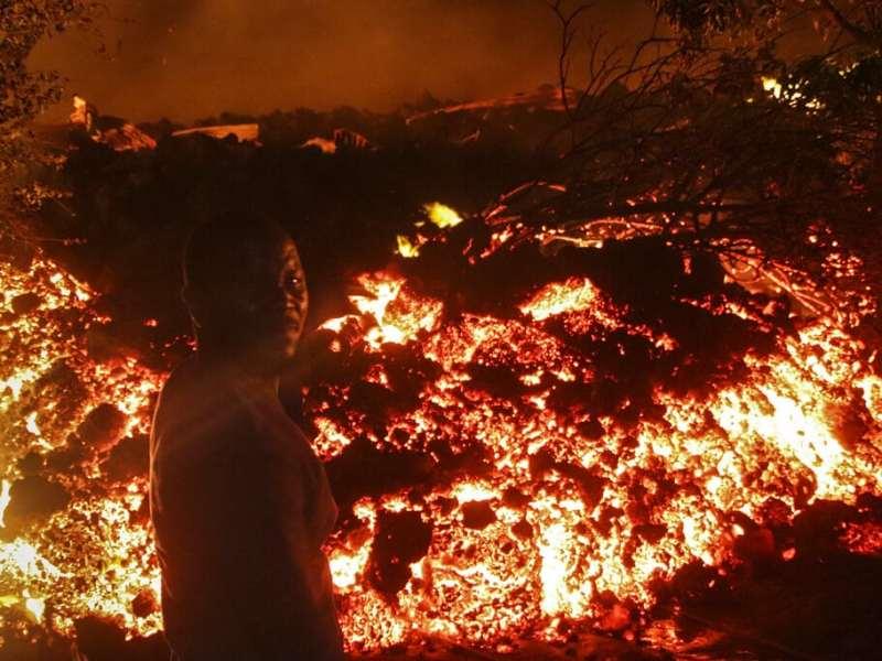 32 muertos se suman por erupción de volcán en el Congo