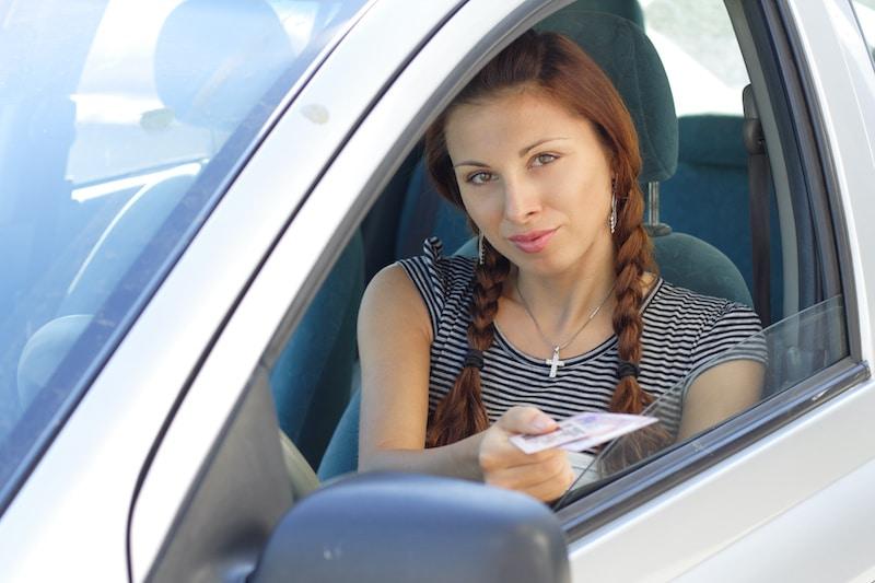 Indocumentados comienzan a recibir licencias de manejo en Nueva Jersey